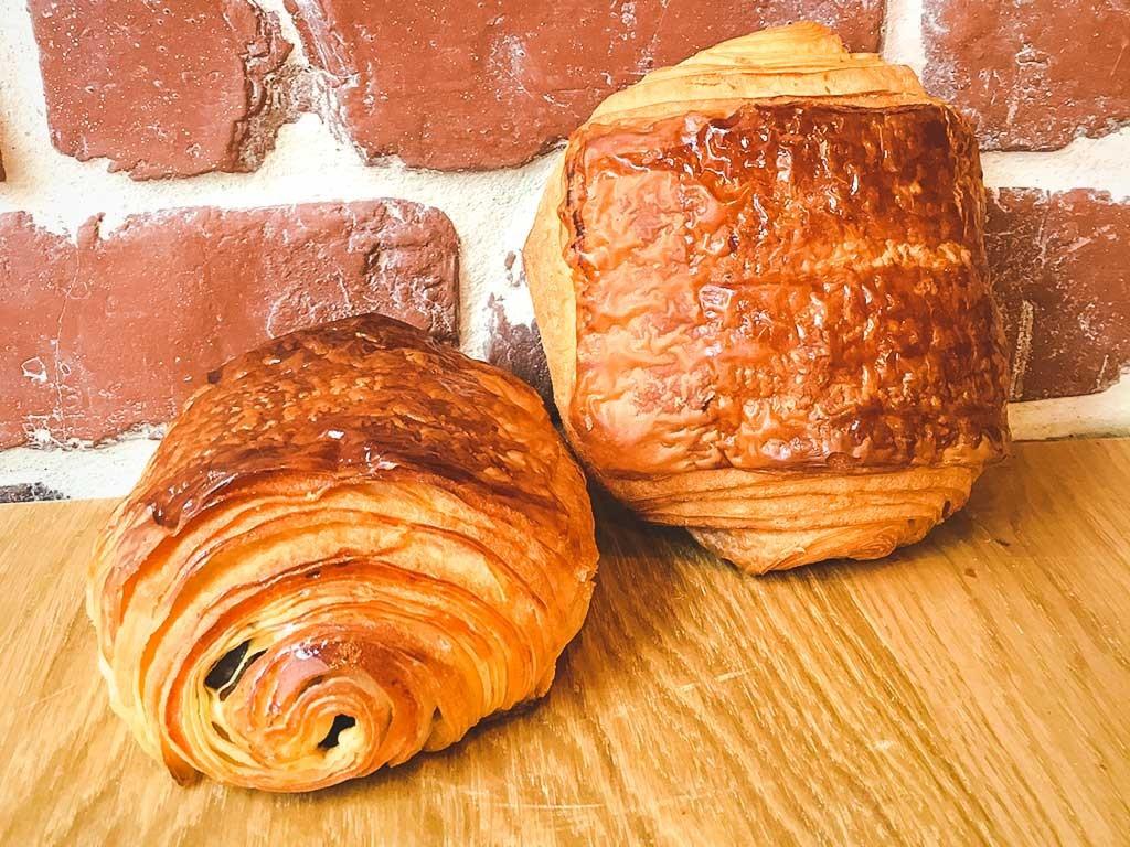 http://maisonmeignan.com/wp-content/uploads/2016/03/maison-meignan-boulangerie-paris-pain-chocolat-1024x768.jpg